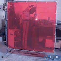 Exemplo de uma proteção tipo cortina em uma seção de soldas