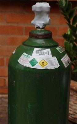 cilindro oxigenio medicinal 7m 250x399